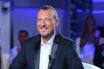 Sanremo, ecco chi sceglierà i brani con Amadeus
