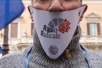 #24milioniper, offensiva Cinquestelle a Radio Radicale