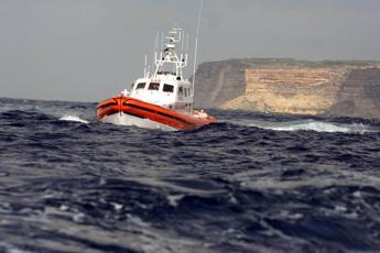 Naufragio Lampedusa, recuperati 3 corpi dal fondo del mare