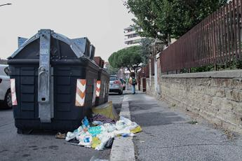 Emergenza rifiuti Roma, ecco l'ordinanza della Regione Lazio