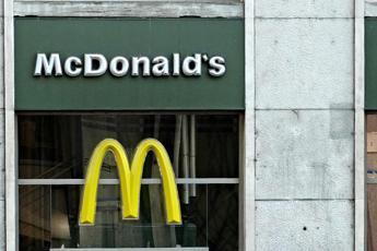 Media Usa: si dimette Ceo McDonald's per relazione con una dipendente
