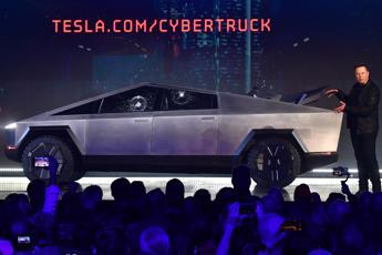 'Blade Runner' è tra noi: ecco il Cybertruck