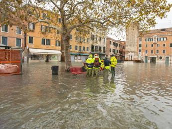 Geomorfologo: 40 aree costiere a rischio allagamento in Italia