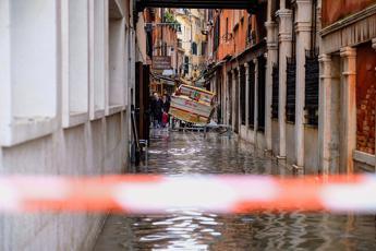 Venezia, il 'padre' del Mose: Usarlo sarebbe stata una follia