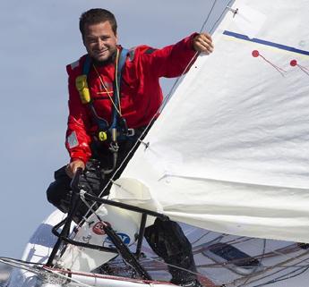 Minitransat, Ambrogio Beccaria in testa tra le barche di serie