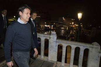 Venezia in ginocchio, Conte: Mose va completato