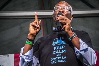 Il leghista Iwobi: Mi chiamano 'nero da cortile', nessuno ne parla