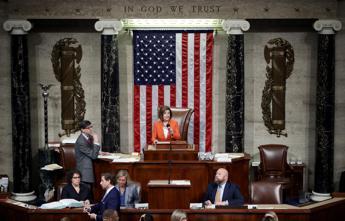 Usa, approvata la risoluzione di impeachment per Trump