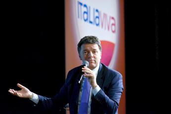 Il sondaggio: caso Fondazione Open danneggia immagine Renzi