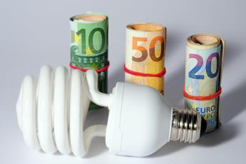 Arera, 49% clienti domestici in mercato libero elettricità (+3%)
