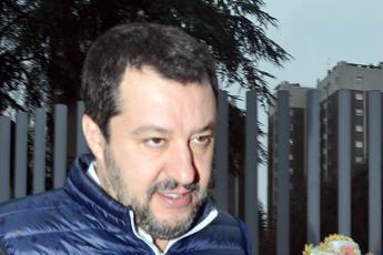 Salvini: Faremo barricate contro modifica decreti sicurezza