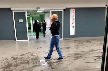 Aggredito da 10 persone perché gay, la denuncia a Milano
