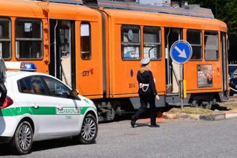 Torino, tram investe e uccide pedone