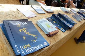 M5S, Rousseau 'incassa' soldi 'Italia 5 Stelle'