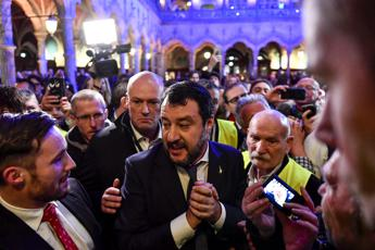 Mes, Salvini: 'Premier pro tempore ha vari problemi, non lo invidio