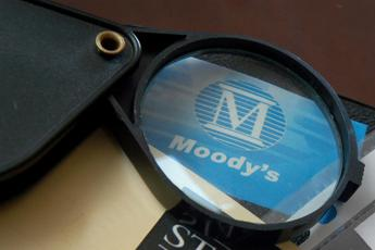 Mps: Moody's migliora rating stand alone, outlook da negativo in positivo