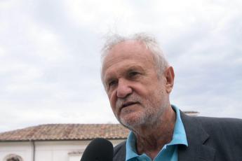 Coronavirus, sindaco Fiumicino: Evitare reazione scomposta