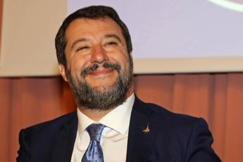 Salvini: Siamo 2mln Instagram e 4 su Facebook