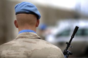 Mali, razzi su base militare: gravi 6 caschi blu