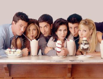 Friends ritorna? Matthew Perry manda i fans in tilt