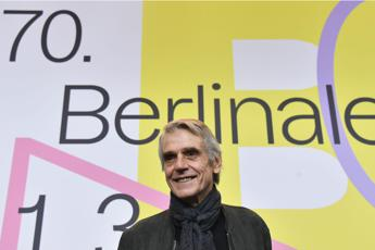 "Jeremy Irons alla Berlinale: ""Sono per i matrimoni gay"""