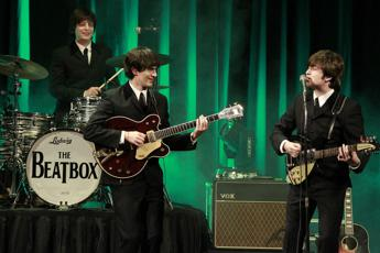 I 'Beatbox' riportano sul palco i Beatles