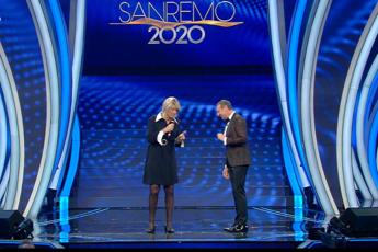 Sanremo, ovazione per i Ricchi e Poveri. Ferro-Ranieri show