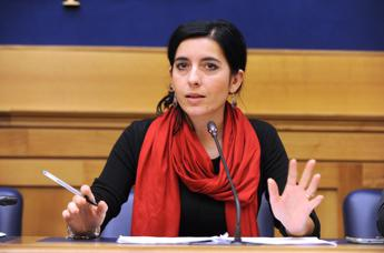 Dadone: Attonita per richieste bonus dipendenti regione Sicilia