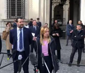 Meloni: Chiesto di chiudere tutto per 15 giorni ma governo ha detto no