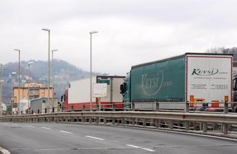 Solaro (Fedit), 'se non ci saranno interventi fortissimi aprile sarà deadline per settore trasporto'
