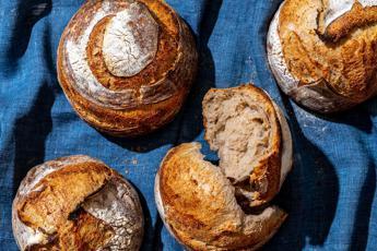 La nutrizionista, 'a Pasqua scegliete fra pane o pasta e martedì giornata verde'