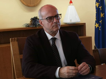 Boom di positivi dopo funerale rom, Toma: Ma il Molise è ancora virtuoso