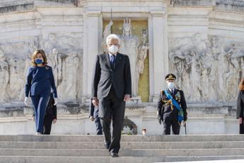 2 giugno, Mattarella all'Altare della Patria