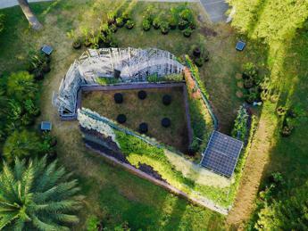 A Roma la Living Chapel in materiale di riciclo e rivestita da 3mila piante