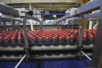 Coca-Cola Hbc Italia punta sull'ecodesign, no a limiti su uso plastica riciclata