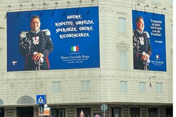 Omicidio Cerciello, omaggio con gigantografia a Roma