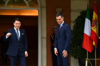 Conte urges closer ties with Spain, rapid accord on EU recovery fund