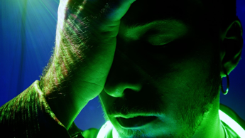 Musica, in 'Luna Storta' di Dorian Kite il dolore di chi dipende dall'amore (e non solo)