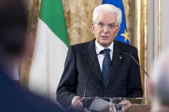Covid, Mattarella: Pandemia ha aumentato disagio psichico