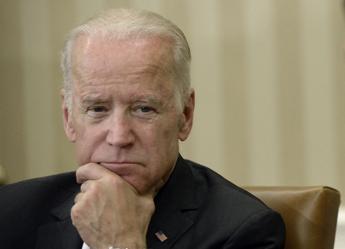Biden contro Trump: Fai tuo lavoro prima che muoiano altri americani