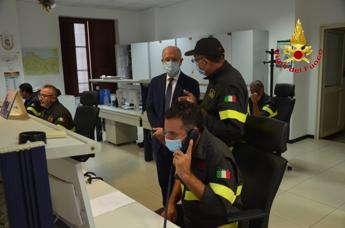 Ferragosto, Prefetto Palermo visita comando provinciale Vigili del fuoco