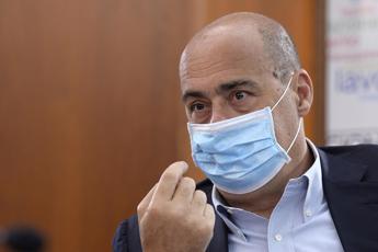 Zingaretti: Obbligo mascherine all'aperto nel Lazio? Stiamo valutando