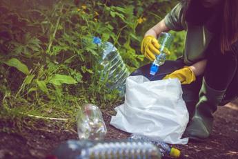 World Cleanup Day, in 20 parchi italiani arriva 'Puliamo il tuo parco!'