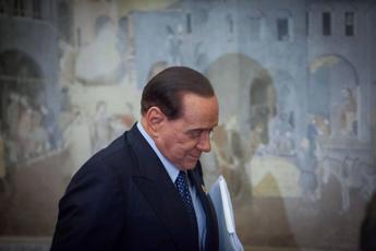 Covid, Berlusconi: Primi tre giorni difficilissimi, non credevo di farcela