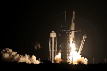 Lanciata Crew Dragon, la capsula spaziale di Elon Musk