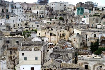 Basilicata zona arancione, Bardi: Passaggio inevitabile