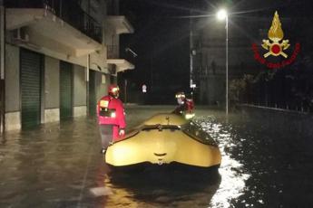 Maltempo Calabria, a Crotone resta l'allerta meteo