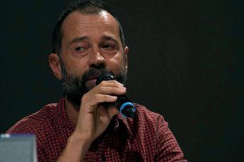 Fabio Volo a Fedez: Beneficenza si fa in silenzio