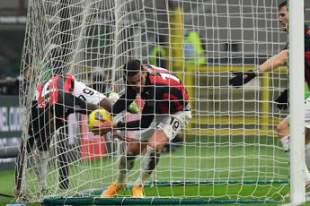Milan-Parma 2-2, rossoneri frenano in vetta