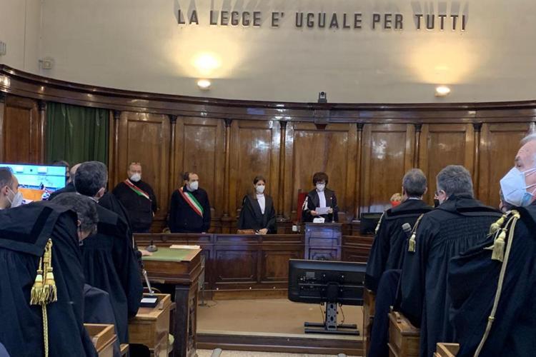Esplosione a Quargnento, 30 anni per i coniugi Vincenti